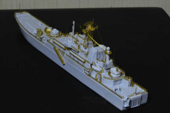 http://www.shipmodels.info/mws_forum/download/file.php?id=99165&mode=view