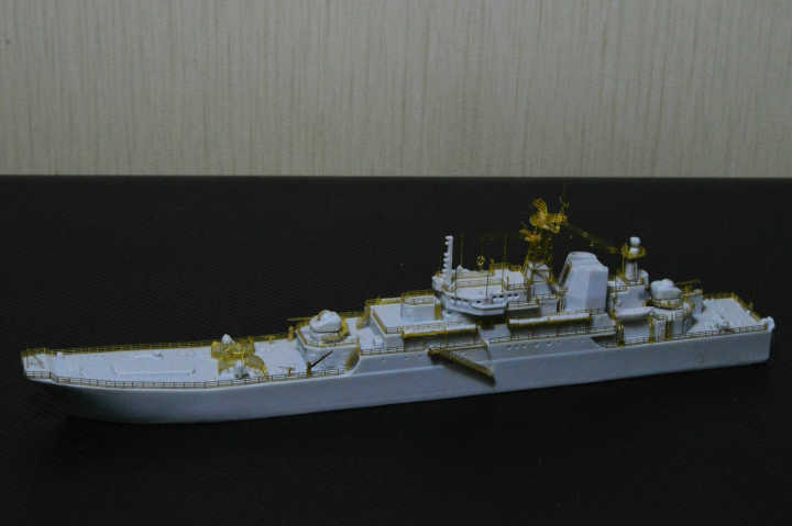 http://www.shipmodels.info/mws_forum/download/file.php?id=99168&mode=view